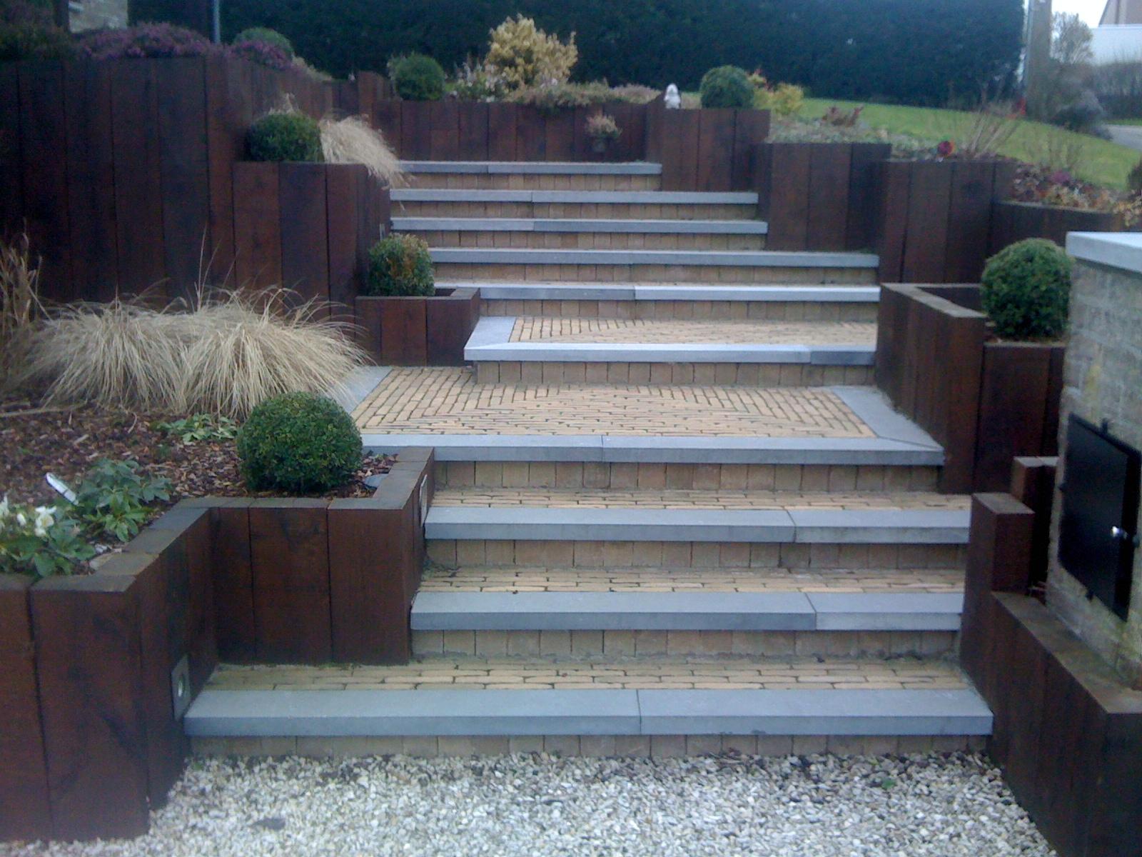 Confort ext rieur am nagement entr e projet escalier ext rieur - Amenagement entree avec escalier ...